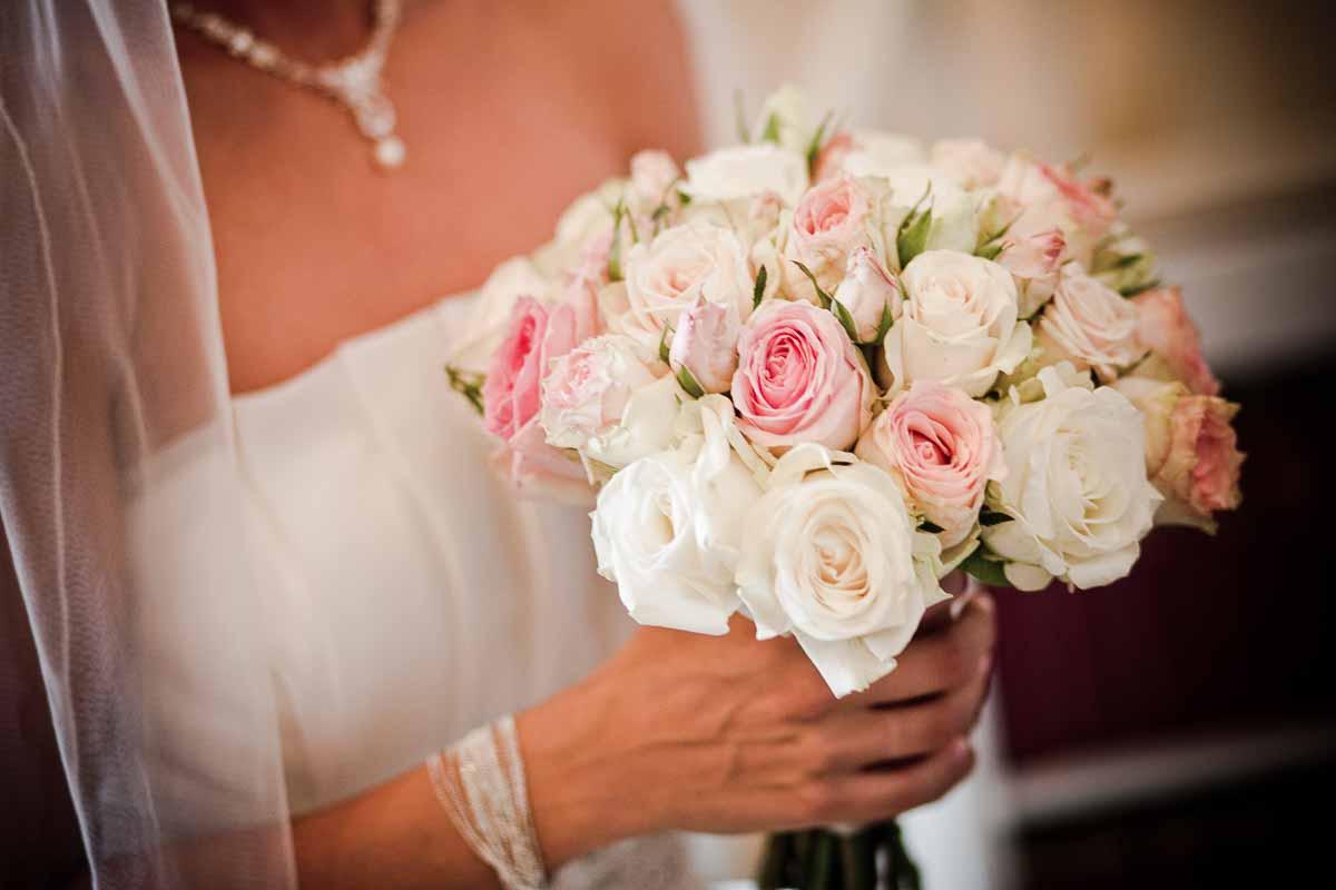 priser på brudebuketter