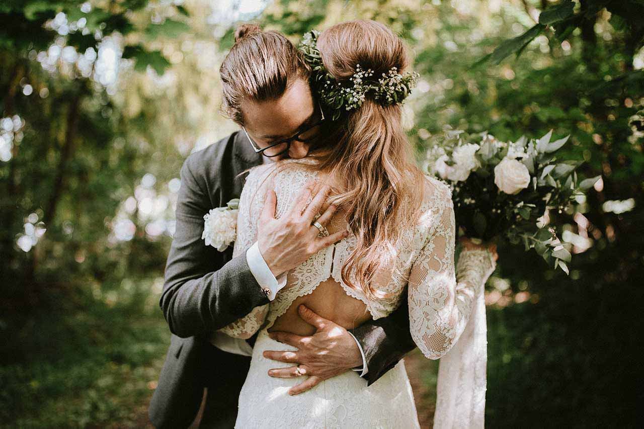 brudeparret i naturen